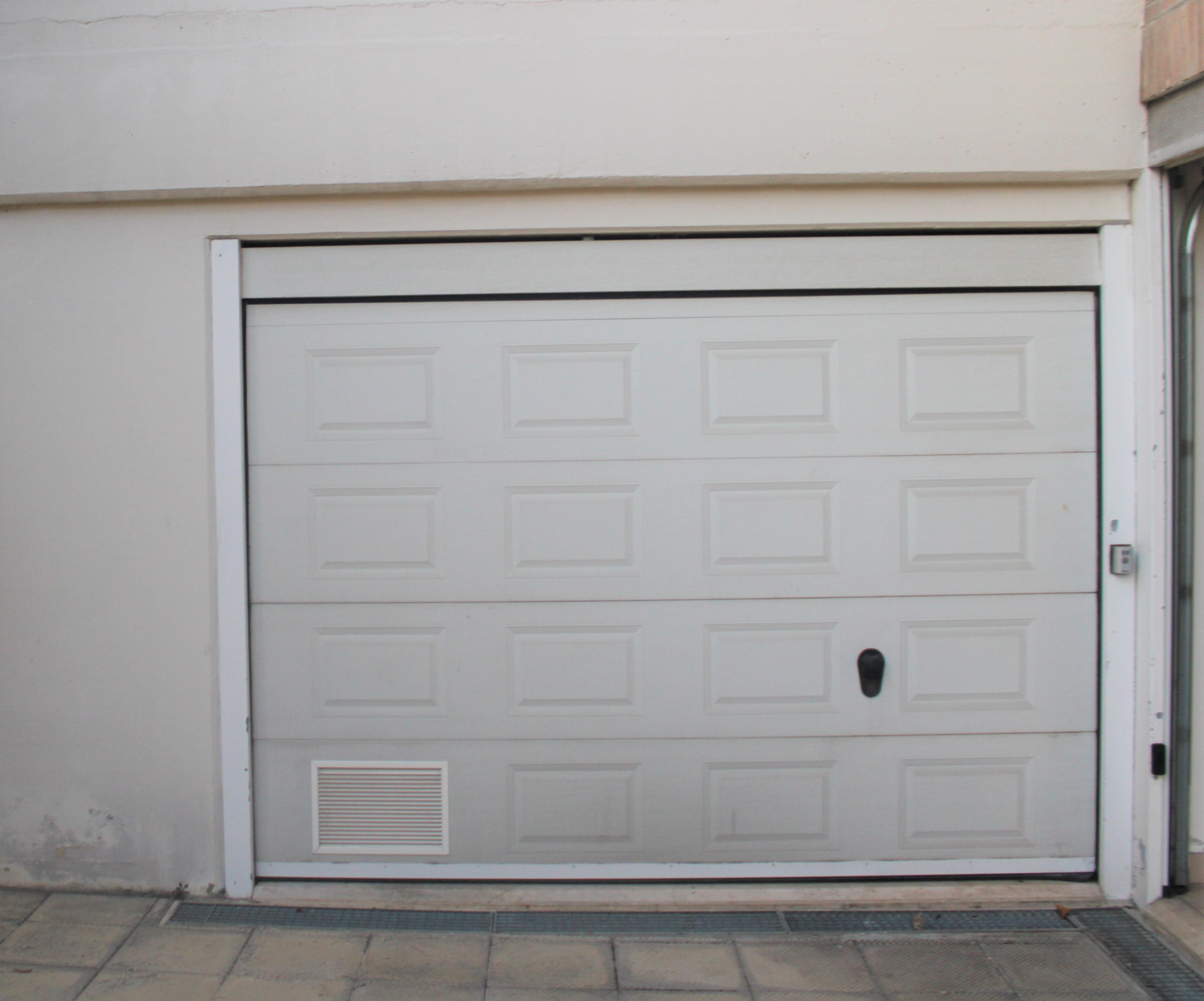 Trilocale con garage